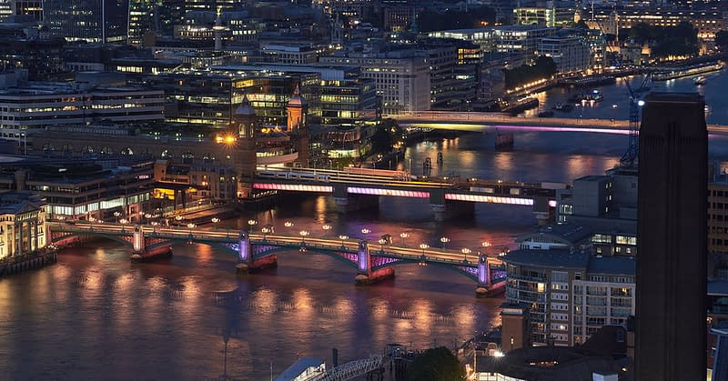 illuminated river bridges thames