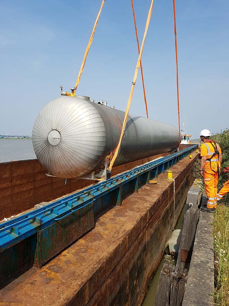 co2 tanks removal river thames livett's
