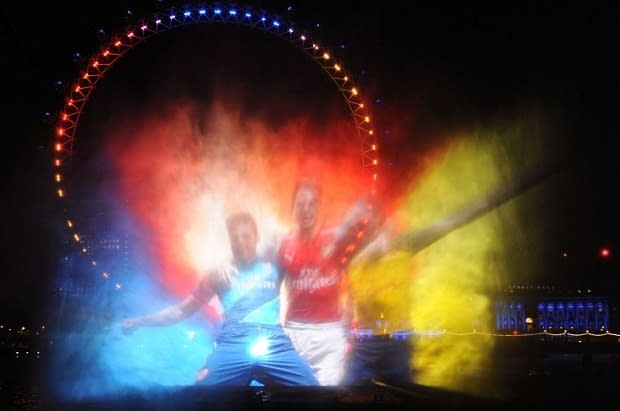 arsenal kit launch river thames