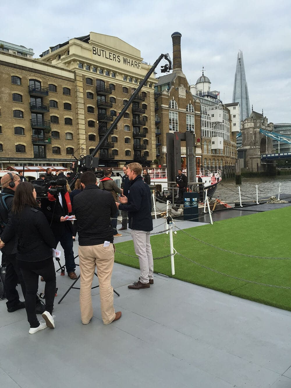 land rover rugby world cup butler's wharf pier